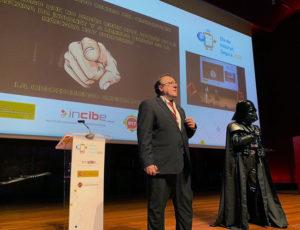 José Raúl Elola y Darth Vader en el Día de Internet Segura #SID2020